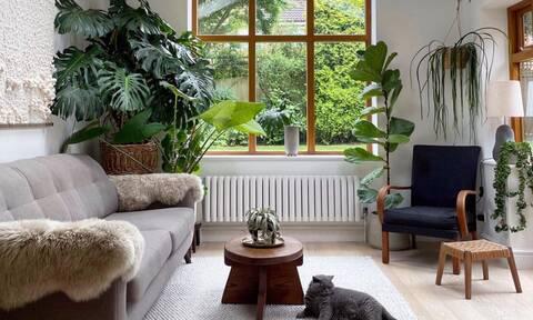 Τα 6 tips για να κάνεις το σαλόνι σου να δείχνει μεγαλύτερο