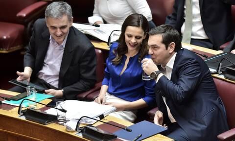 Πυρ ομαδόν από τον ΣΥΡΙΖΑ για τις εξαγγελίες - κοροϊδία Μητσοτάκη από τη ΔΕΘ