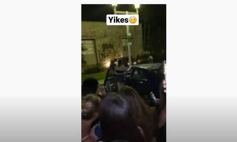 ΝΒΑ: Θαυμάστρια ξέχασε το χειρόφρενο – Πήγε για αυτόγραφο και το αμάξι στον τοίχο (video)