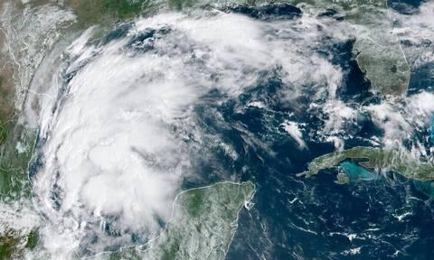 ΗΠΑ: Η καταιγίδα Νίκολας απειλεί τις ακτές του Τέξας - Οι προειδοποιήσεις μετεωρολόγων