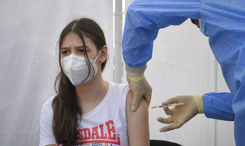 Βρετανία εμβολιασμοί παιδιά κορονοϊός