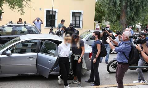 Μοντέλο σύλληψη κοκαϊνη ομερτά