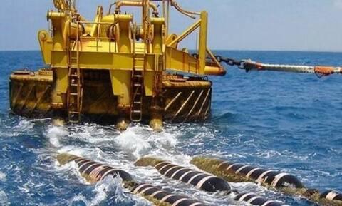 Στήνουν ενεργειακή γέφυρα στη Μεσόγειο Ελλάδα και Αίγυπτος