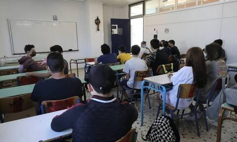 Κορονοϊός: Αναμένεται αύξηση κρουσμάτων από τα σχολεία - Χαμηλός ο εμβολιασμός στα παιδιά