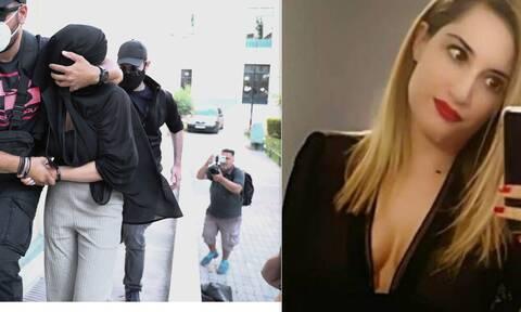 Επίθεση με βιτριόλι - Αρχίζει η δίκη: Η Ιωάννα αντιμετωπίζει την Έφη στα δικαστήρια