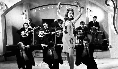 Μαίρη Χρονοπούλου: Όλα όσα γνωρίζουμε για τη μεγάλη επιστροφή της στο θέατρο