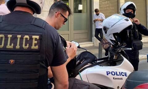 Ληστεία σε τράπεζα στο κέντρο της Αθήνας: 10 προσαγωγές από την ΕΛ.ΑΣ.