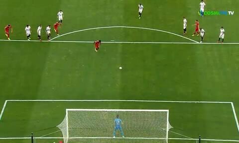 Champions League: Τέσσερα πέναλτι σε ένα ημίχρονο στη Σεβίλλη! Πήγε για πέμπτο κι αποβλήθηκε (vids)