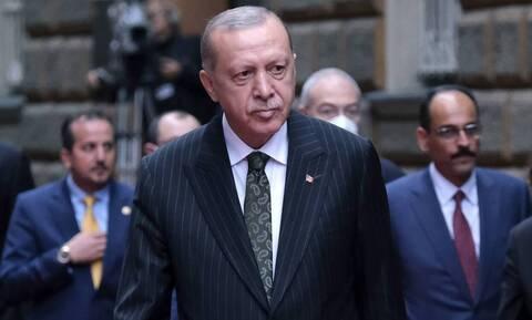 Νέο παζάρι Ερντογάν με το προσφυγικό - Απειλές στην Ευρώπη με... νέο 2015