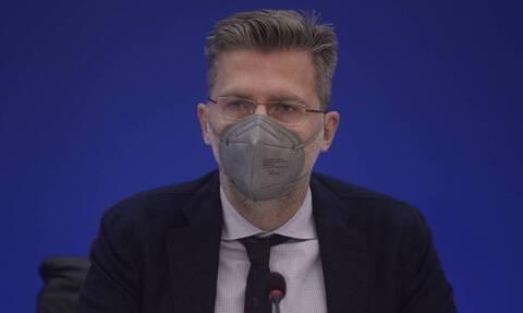 Σκέρτσος: Πιο αυστηρά τα μέτρα στην εστίαση συγκριτικά με την υπόλοιπη Ευρώπη