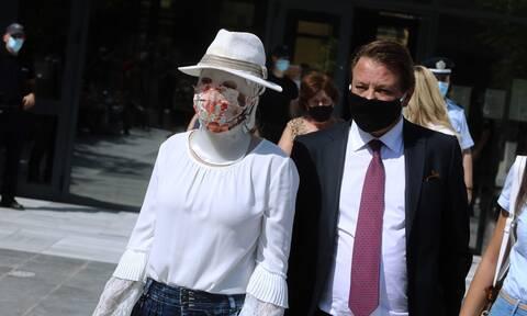 Δικηγόρος Ιωάννας Παλιοσπύρου στο Newsbomb.gr: Ασέβεια η απουσία της Έφης - Εδώ δεν είναι σόου