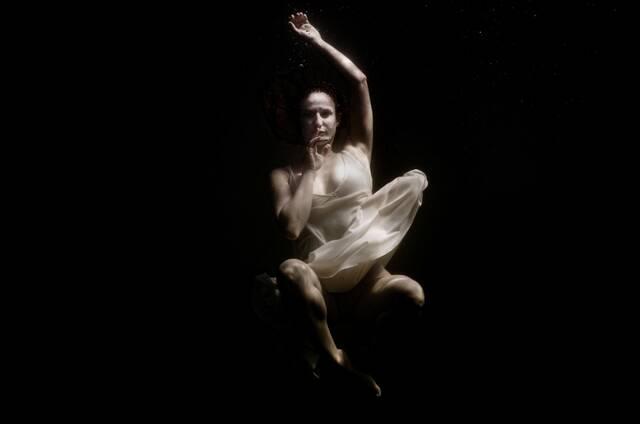 Silence - Ρενέ Ρεβάχ