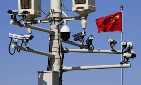 Kάμερες παρακολούθησης στην Τιενανμέν