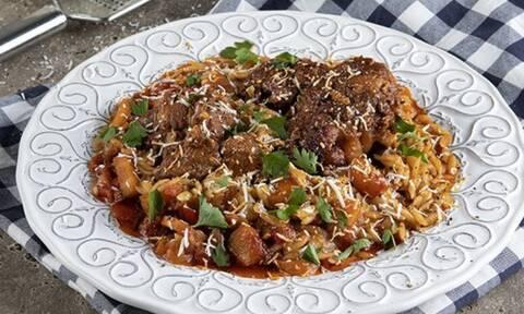 Η απόλυτη συνταγή για γιουβέτσι στον φούρνο