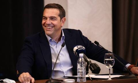 Tsipras meets with General Secretary of Cyprus' AKEL party Stefanou