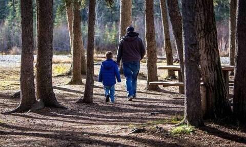 Συνεπιμέλεια: Σε ισχύ από σήμερα ο νέος νόμος - Το «στοίχημα» και το αίτημα για κοινή γονική μέριμνα