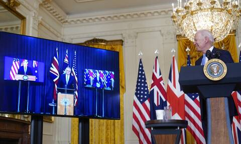 AUKUS: «Άρχισαν τα όργανα» μετά τη συμφωνία ΗΠΑ, Βρετανίας, Αυστραλίας - Έξαλλες Κίνα και Γαλλία