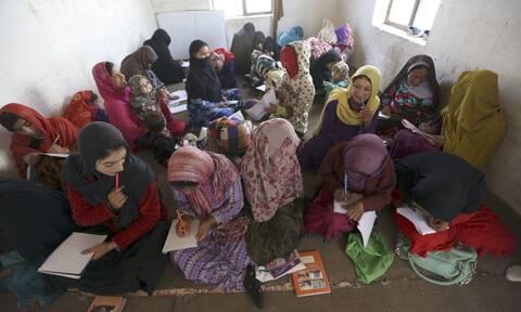 Κορονοϊός: Έκκληση της UNICEF να ξανανοίξουν τα σχολεία - «18 μήνες χαμένης εκπαίδευσης»