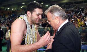 Το ξεχωριστό «αντίο» του Βασίλη Κικίλια στον Ντούσαν Ίβκοβιτς: «Δάσκαλε σε ευχαριστώ»