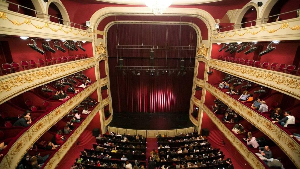 Δημοτικό Θέατρο Πειραιά: Όλα όσα θα δούμε τη νέα θεατρική σεζόν