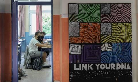 Λουκίδης στο Newsbomb.gr: Δύσκολη «εξίσωση» τα σχολεία – Το επόμενο 15ήμερο θα κρίνει πολλά