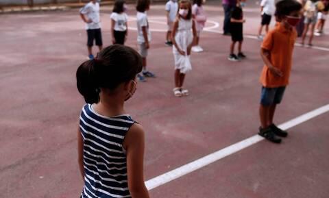 Νίκος Σύψας: Η ανησυχητική πρόβλεψη για τα παιδιά και τον κορονοϊό μέχρι τα Χριστούγεννα