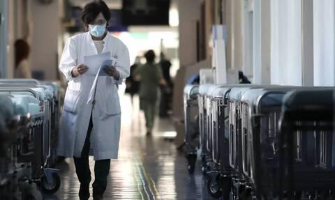 Πλεύρης: Χωρίς αρνητικό rapid test θα εισέρχονται στα ιατρεία οι εμβολιασμένοι συνοδοί ασθενών