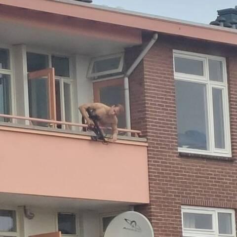 Oλλανδία: Τοξοβόλος σημάδευε περαστικούς από το μπαλκόνι του σπιτιού του - Δύο νεκροί και τραυματίες