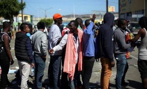 ΗΠΑ: Πάνω από 10.000 μετανάστες κατασκηνώνουν στα νότια σύνορα