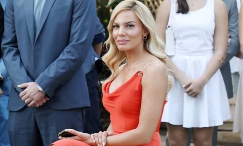 Η Ιωάννα Μαλέσκου ήταν καλεσμένη σε γάμο: Το hot φόρεμα και η ένδειξη πως θα παντρευτεί σύντομα