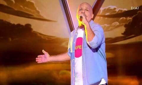 The Voice: Το τραγούδι του Νίκου Μουτσινά και το «άκυρο» από τους κριτές (videos)