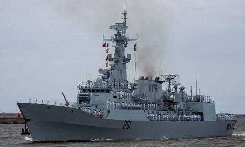 Ρωσία: Πολεμικά πλοία άρχισαν μεγάλης έκτασης γυμνάσια με πραγματικά πυρά στη Μαύρη Θάλασσα