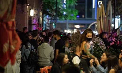 Κορονοϊός: Ανησυχία στη Θεσσαλονίκη - «Αύξηση 15% στα κρούσματα και τις νοσηλείες»