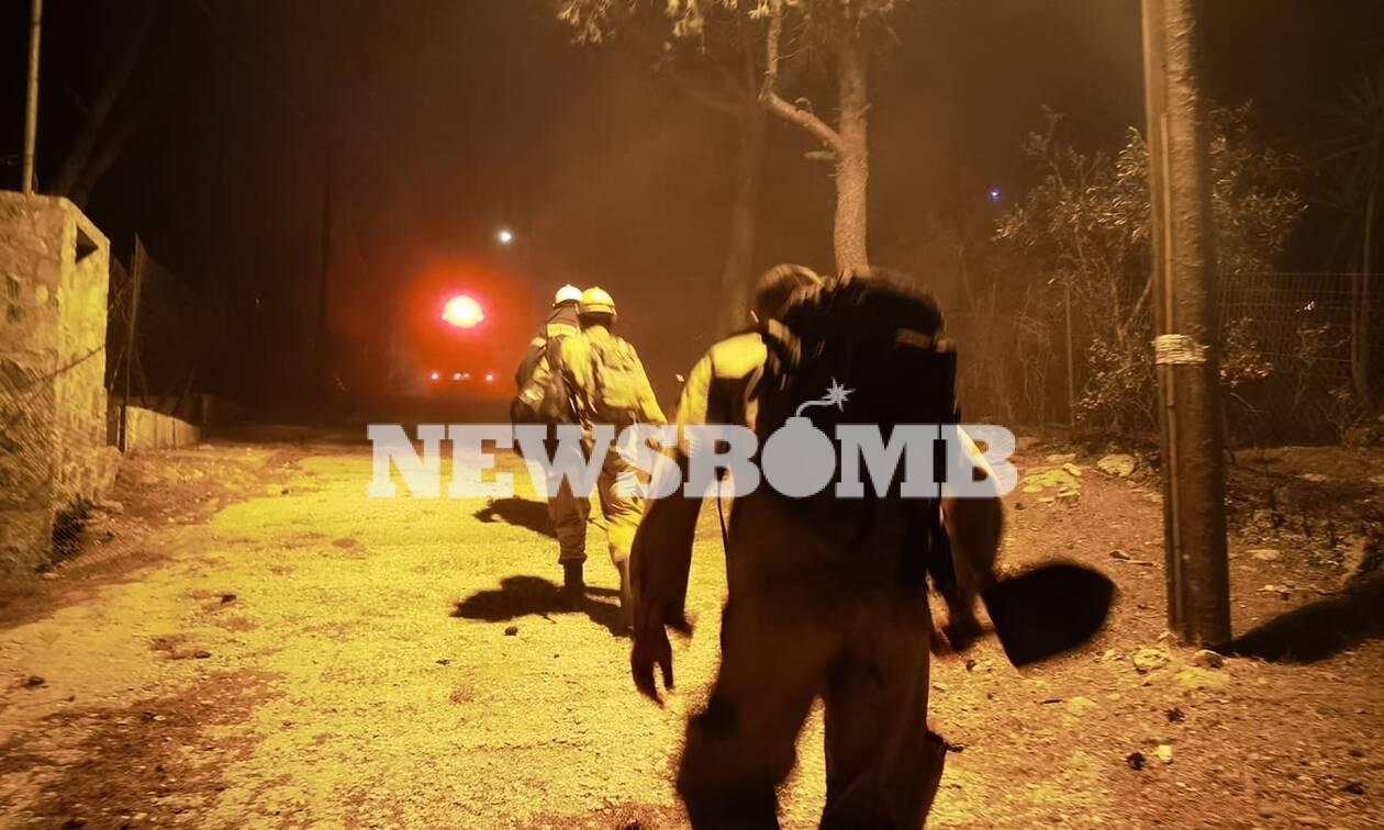 Φωτιά στη Νέα Μάκρη: Πού μπορούν να φιλοξενηθούν όσοι εκκένωσαν τα σπίτια τους - Σε επιφυλακή το ΚΥ