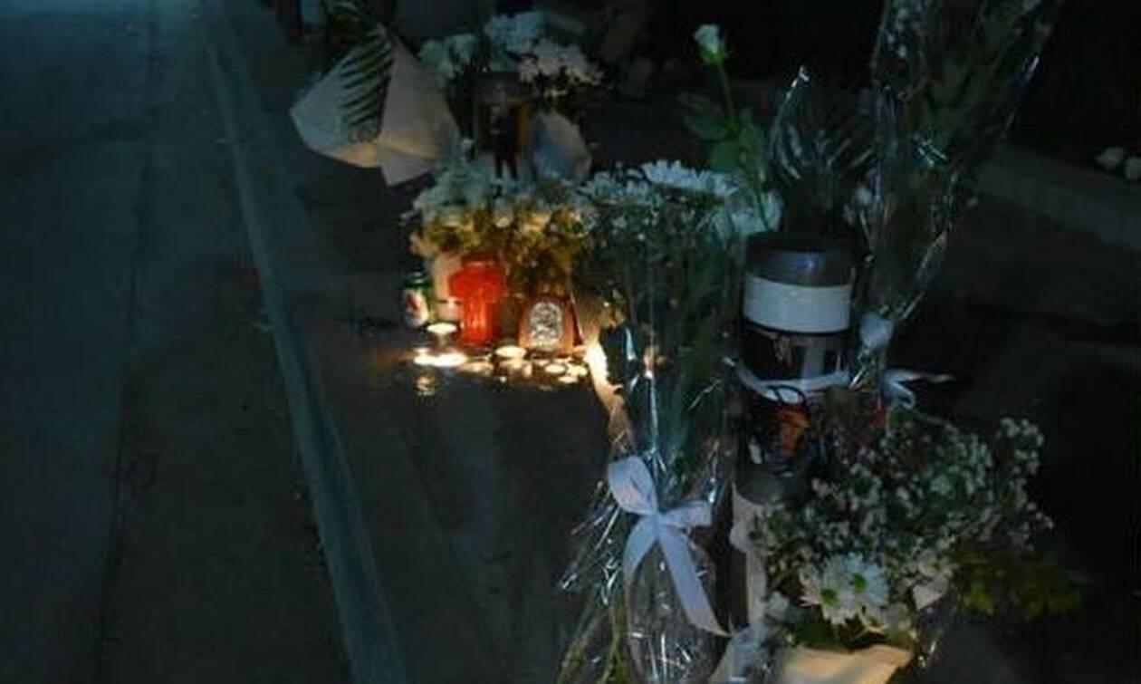 Κρήτη: Με ριζίτικα και μαντινάδες αποχαιρετούν τους δύο νέους που σκοτώθηκαν σε τροχαίο