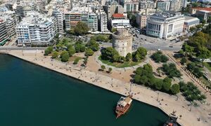 Κρούσματα σήμερα: Ένα βήμα πριν το «κόκκινο» και το μίνι lockdown η Θεσσαλονίκη