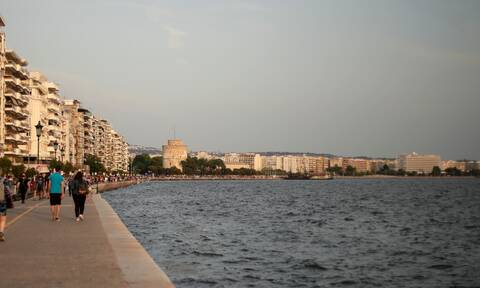 Θεσσαλονίκη: Ανησυχία για την αύξηση κρουσμάτων κορονοϊού - Οκτώ παιδιά νοσηλεύονται στο Ιπποκράτειο