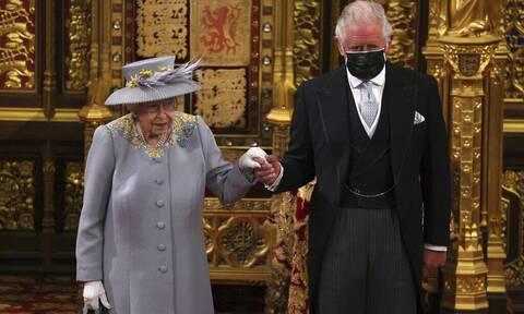 πρίγκιπας Κάρολος βασίλισσα Ελισάβετ