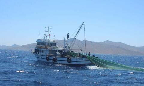 Ψαράδες της Μυτιλήνης καταγγέλλουν: Δεν θεωρούνται ποινικό αδίκημα οι παραβιάσεις των Τούρκων αλιέων