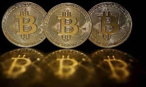 Στα 42.263 δολάρια ανακάμπτει η τιμή του Bitcoin