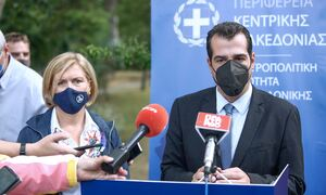 Πλεύρης από Θεσσαλονίκη: Δεν τίθεται θέμα μέτρων, προληπτική η επίσκεψη για να προλάβουμε