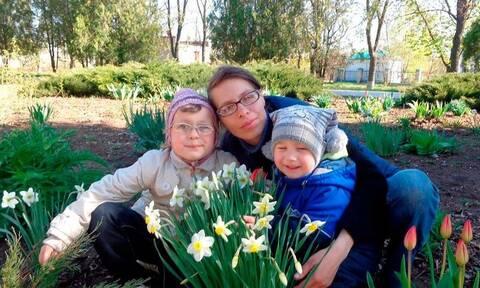 Τραγωδία στην Ουκρανία: Ανήλικα αδέρφια κλείστηκαν σε μπαούλο - Νεκρά και τα δυο παιδιά