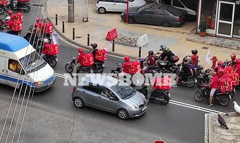 Μοτοπορεία ντελιβεράδων σε Θεσσαλονίκη και Αθήνα