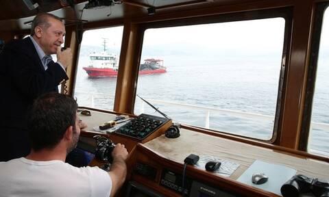 Οι Τούρκοι ψαράδες αλωνίζουν ανενόχλητοι στο Αιγαίο με… ελληνικό νόμο