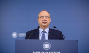 Οικονόμου για διανομείς: Ο κ. Τσίπρας καταγγέλλει ένα καθεστώς που ίσχυε επί των ημερών του