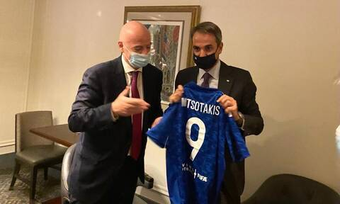 Συνάντηση Μητσοτάκη - Ινφαντίνο στη Νέα Υόρκη: Συζήτησαν για το ελληνικό ποδόσφαιρο