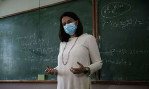 Παράνοια: Αν υπάρχει κρούσμα κορονοϊού σε τάξη οι μαθητές θα κάνουν 7 τεστ την εβδομάδα!