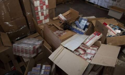 Εντοπίστηκε φορτηγό με 165.000 πακέτα λαθραία τσιγάρα, στον Ασπρόπυργο