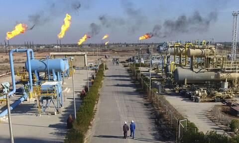 Η Wall Street αφήνει πίσω την κρίση της Evergrande - Ξεπέρασε τα 77 δολ. το πετρέλαιο