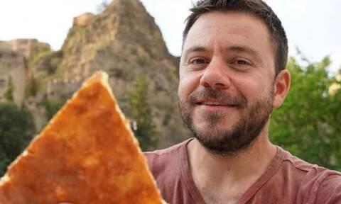 Ο Ευτύχης Μπλέτσας απάντησε αν παίρνει λεφτά για να διαφημίζει εστιατόρια στην εκπομπή του (pic)